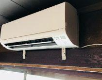 リビングにエアコンがなかったので新たに12畳用エアコン新設しました。