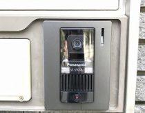玄関チャイムをカメラ付きインターホンに取替え