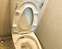 タンクが割れたのでトイレ取り替え