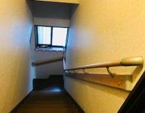 安全対策として階段に手すりを取付けました