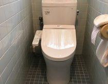 シンプルなトイレへ交換してすっきりした印象に。