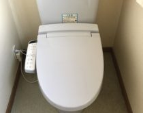長年使用されたシャワートイレを後継品にお取替え