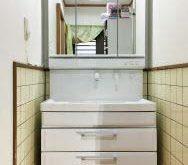 滋賀県大津市で洗面台交換工事を行いました。