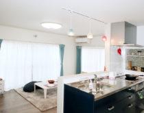二世帯同居住宅1F・2F セカンドリビングのある間取りに変更リフォーム ~ユカカラ暖房温水床暖房施工事例~