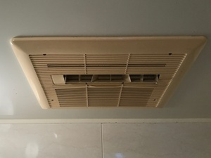 添付ファイルの詳細 草津市S様邸浴室暖房乾燥機施工前