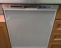 ムービングラックで出し入れラクラク✨パナソニックの食洗機に交換!合わせて給湯器も交換です。