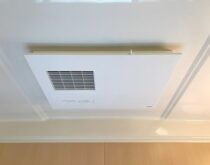 天井埋め込みタイプ浴室換気暖房乾燥機交換、TOTO三乾王TYB3100シリーズ