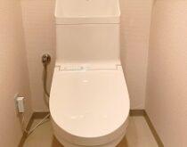 栗東市マンションにてトイレ交換(TOTO ZJ1 パステルアイボリー)🚽