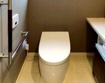 1・2階のトイレをまとめて交換、TOTO最上級ネオレストとリーズナブルなZJ1をお付けしました。