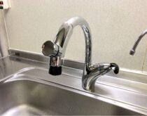 水の出し止めラクラク、キッチン水栓をTOTOのタッチスイッチ水栓に交換