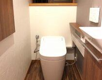 トイレのリフォームで便利さも兼ね備えた素敵な空間になりました☆